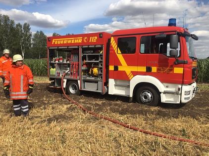 Einsatz_Flächenbrand_Bohnhorst_04-07-19_001©Freiwillige Feuerwehr Essern
