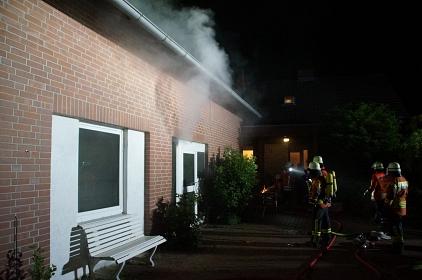 Garagenbrand Diepenau 03.06.2021©Freiwillige Feuerwehr Essern